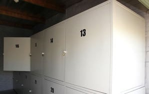 small locker self storage